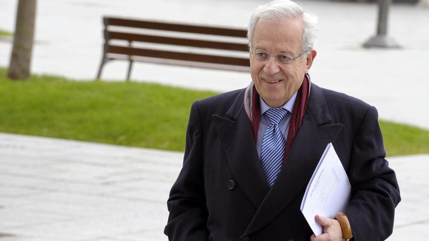 Un exdiputado del PP dice que Aznar autorizó pagos que salieron de la caja b