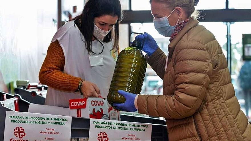 Cáritas recauda 124.000 euros en un bazar de Navidad marcado por el coronavirus