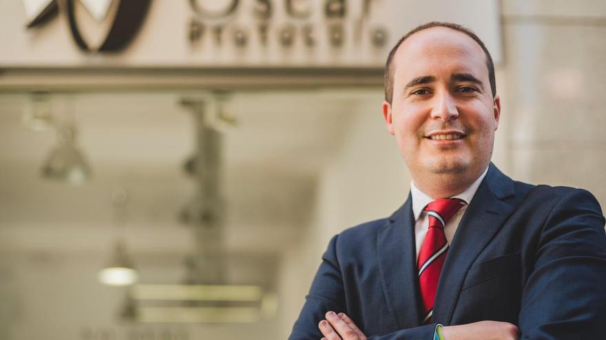 Óscar López sustituye a José Vicente Castaño al frente de la Cátedra Misteri d'Elx