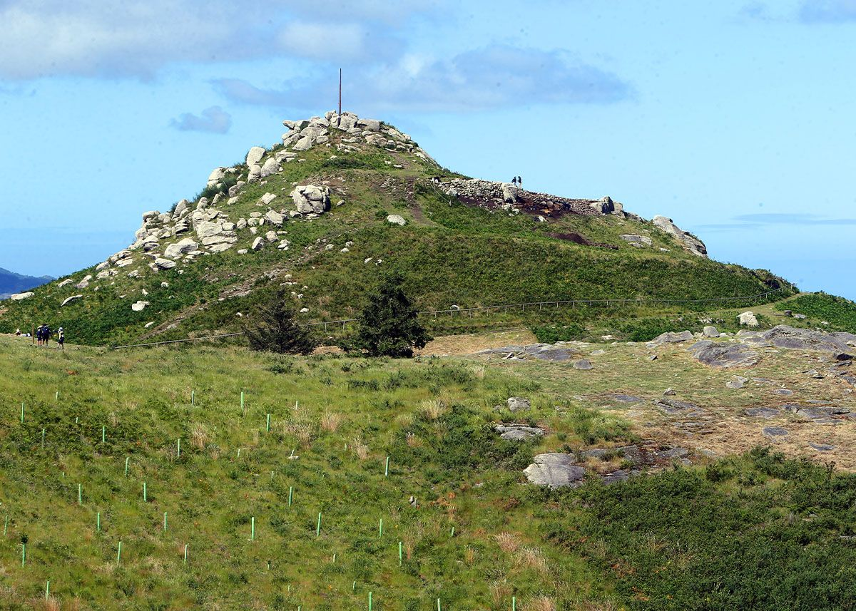 La cima del monte O Castro, donde se encuentran los trabajos de excavación
