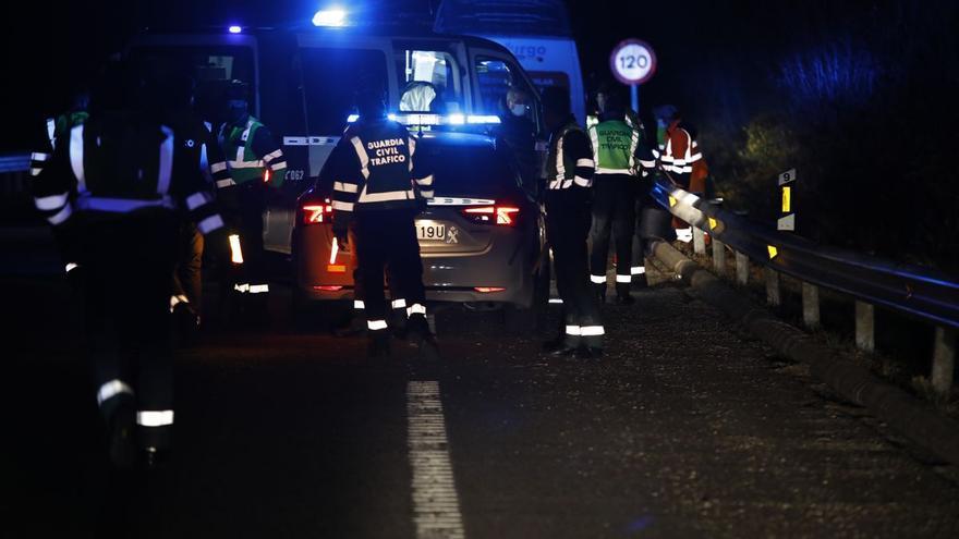 Investigan si el hombre que arrolló a un Guardia Civil en un control en Mieres manipulaba el GPS en el momento del accidente