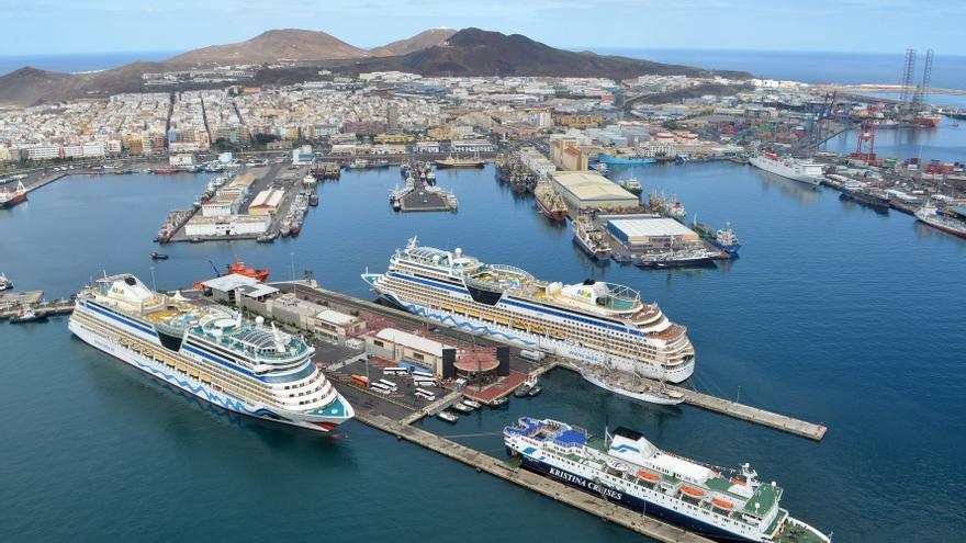 El Puerto avanza en la electrificación de sus diques por el Muelle Grande