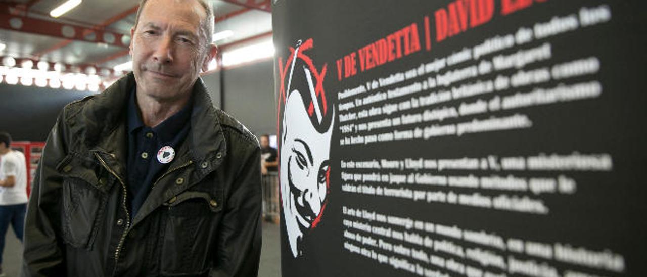 """""""Es razonable que 'V de Vendetta' triunfe en la crisis de la democracia"""""""