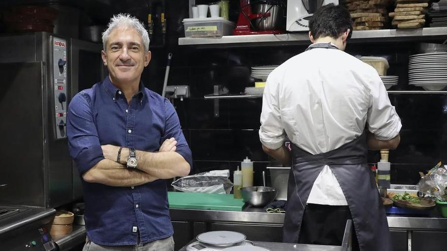 Jon Sistiaga se mete en la trinchera gastronómica con Zoko