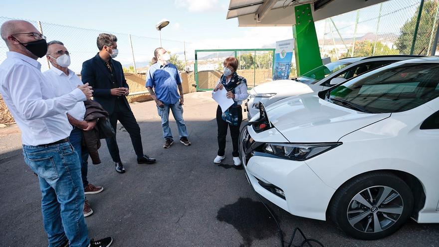 Los estudiantes del IES San Matías crean una pérgola de energía solar