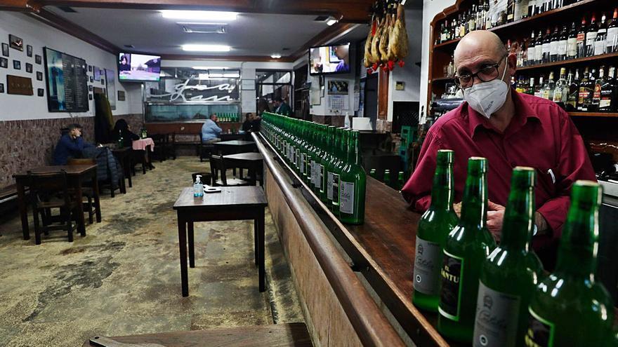 Nadie quiere servir la última copa en Avilés