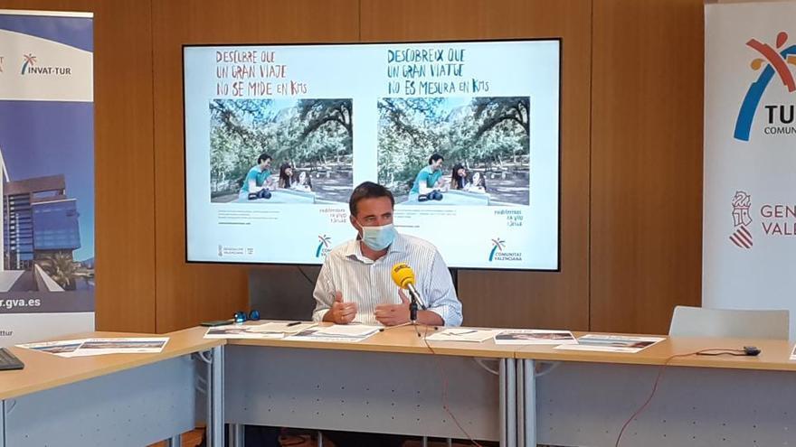 Turisme lanza una campaña nacional y autonómica para atraer turistas