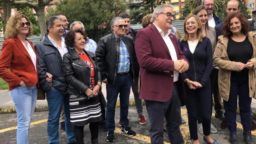 """Vallina denuncia los """"incumplimientos"""" de PSOE y PP con Mieres y con Asturias"""