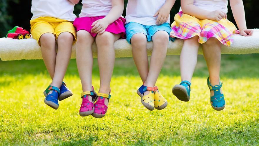Quin calçat és el més adequat per als nens a l'estiu?