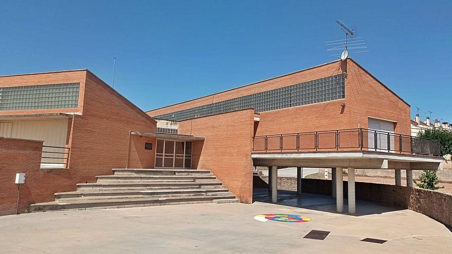 Sant Feliu començarà l'ampliació de l'escola Els Roures el 2022