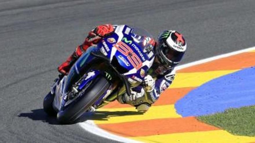 Lorenzo s'acomiada de l'equip Yamaha amb una victòria a Xest