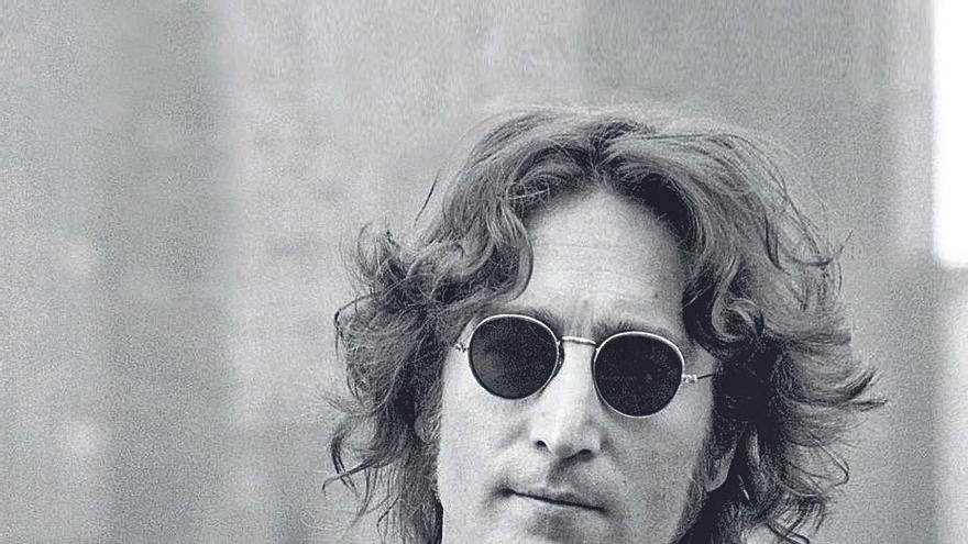 Lennon en la era de usar y tirar