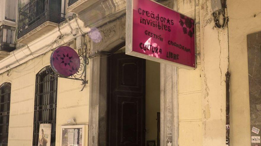 La Casa Invisible busca ayuda para la rehabilitación del edificio