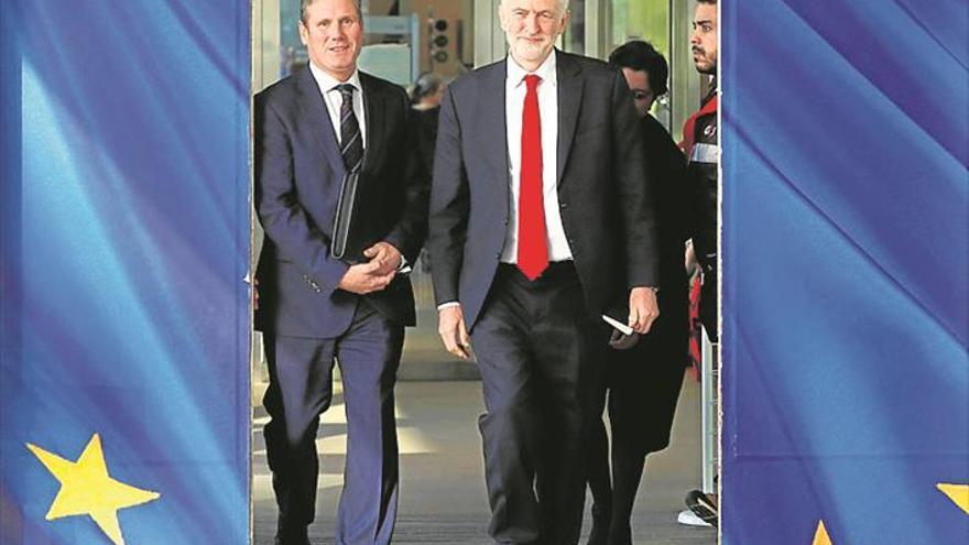 Laboristas y conservadores se encuentran al borde del abismo debido al 'brexit'