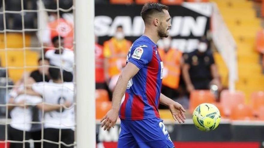 Getafe y Alavés se salvan y el Eibar desciende a Segunda