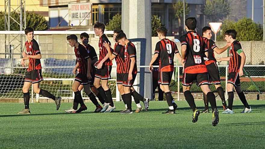 La EF Lalín mide sus fuerzas con el líder Deportivo B