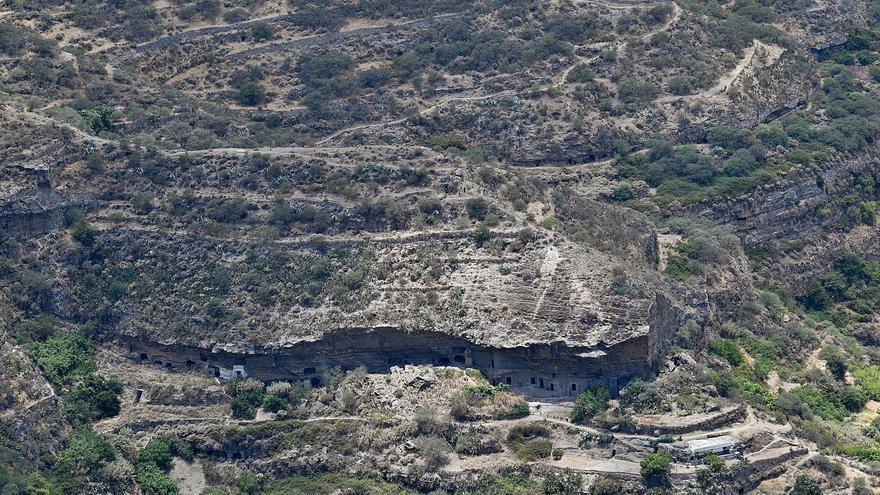 El patrimonio troglodita de las cumbres de Gran Canaria protagoniza el verano de Artenara