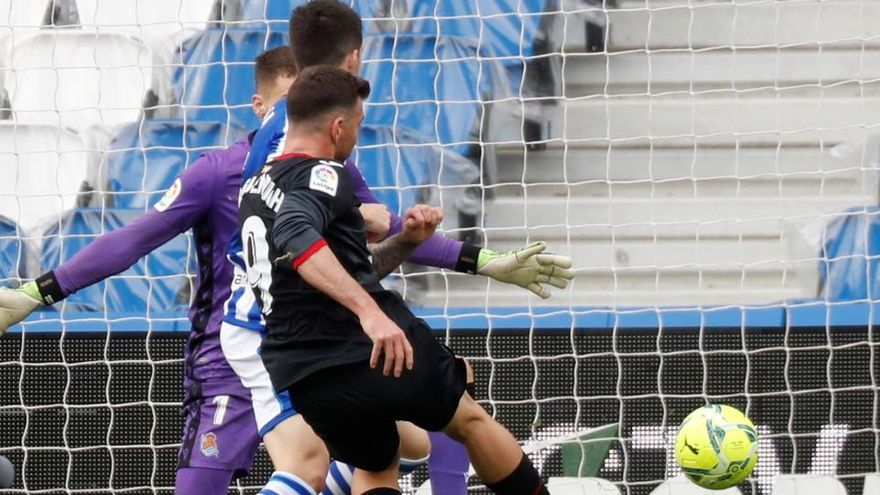 La Real recupera el liderato pese a empatar contra el Eibar