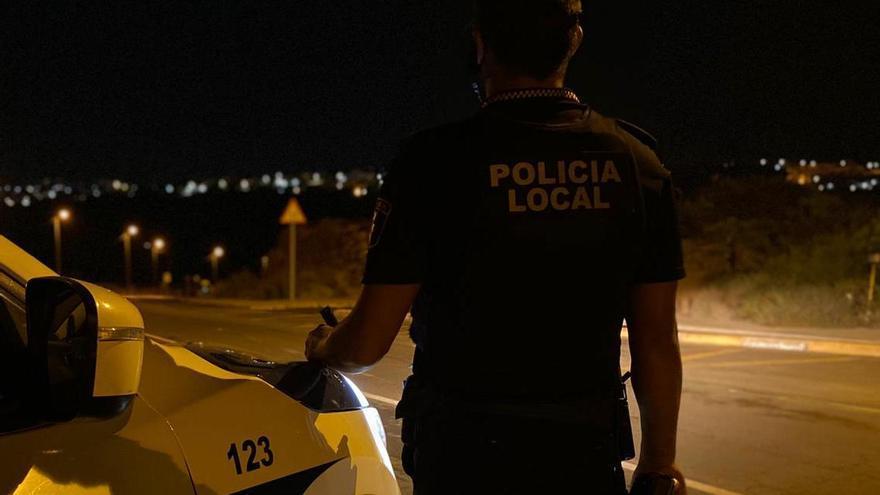 La Policía Local de Elche arresta a un hombre por robos en viviendas próximas al aeropuerto