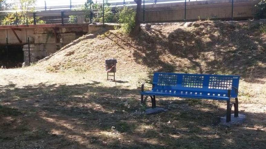 Vallada la zona canina del Prado de las Pavas