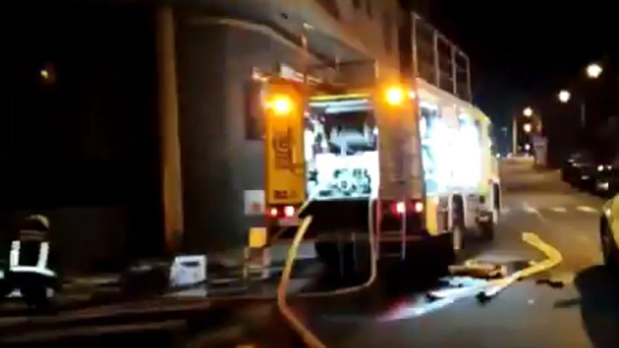 Cinco heridos, dos de ellos bomberos, en un incendio en Gran Canaria