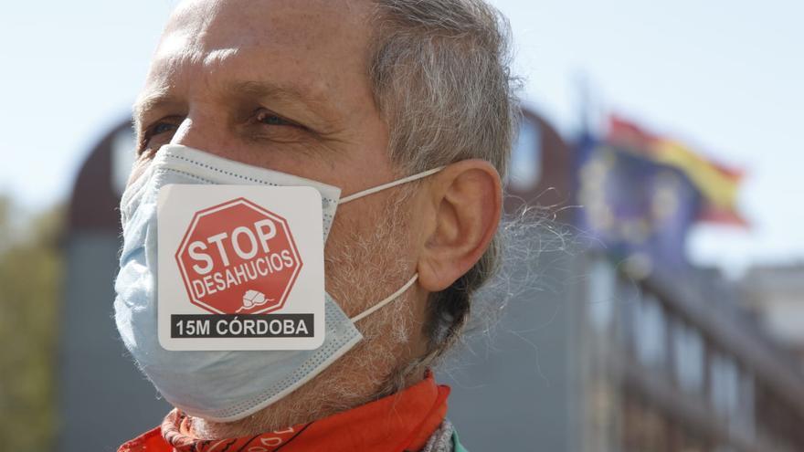 Stop Desahucios pide una ley que garantice el derecho a una vivienda digna.