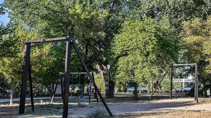 Lavado de cara a los parques infantiles