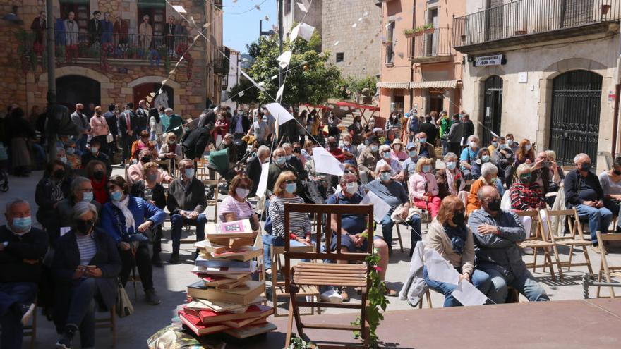 "Calonge viu un Sant Jordi ""singular i global"""
