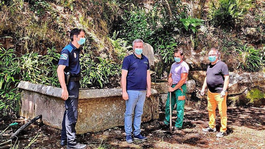 A Cañiza inicia las obras para devolver el lavadero de Oroso a su aspecto de hace 200 años
