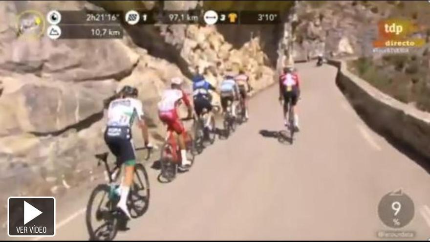 Se deja el micro abierto y se le oye orinar durante la retransmisión del Tour de Francia
