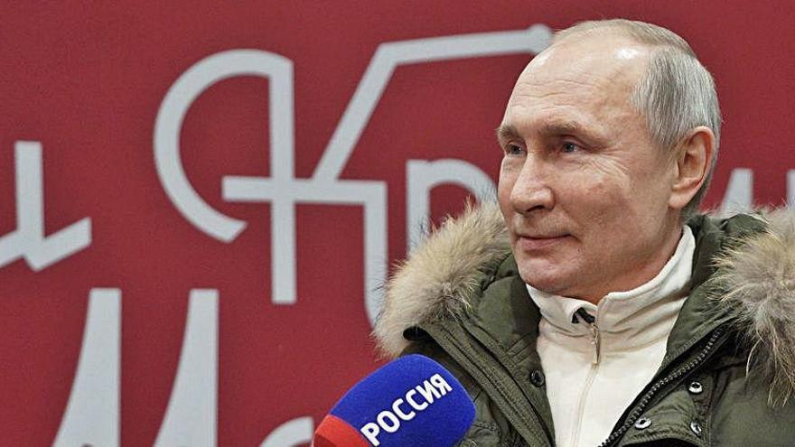 Vladímir Putin respon a Joe Biden amb contundència qualificant-lo també d'assassí