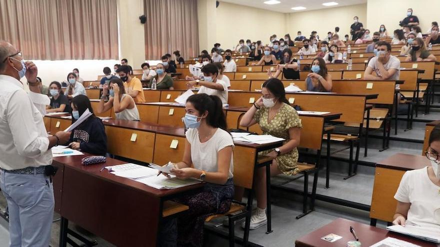 Más de 1.200 estudiantes, en la Selectividad de septiembre