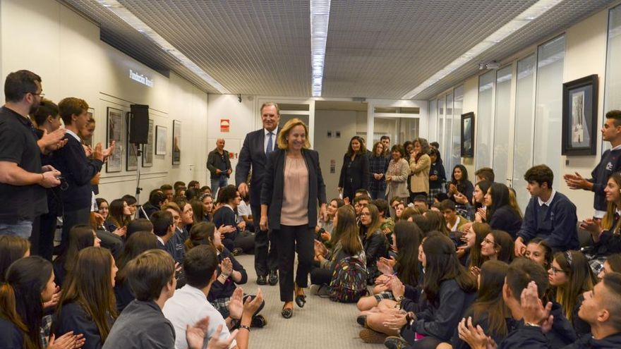 200 escolares gallegos visitan la Fundación Barrié