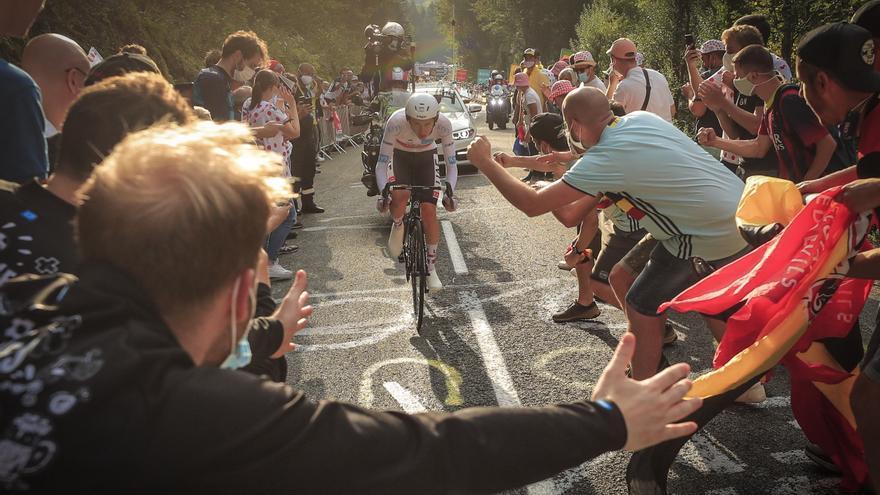 En directo el Tour de Francia: etapa 21 Mantes-la-Jolie - Paris Champs-Élysées