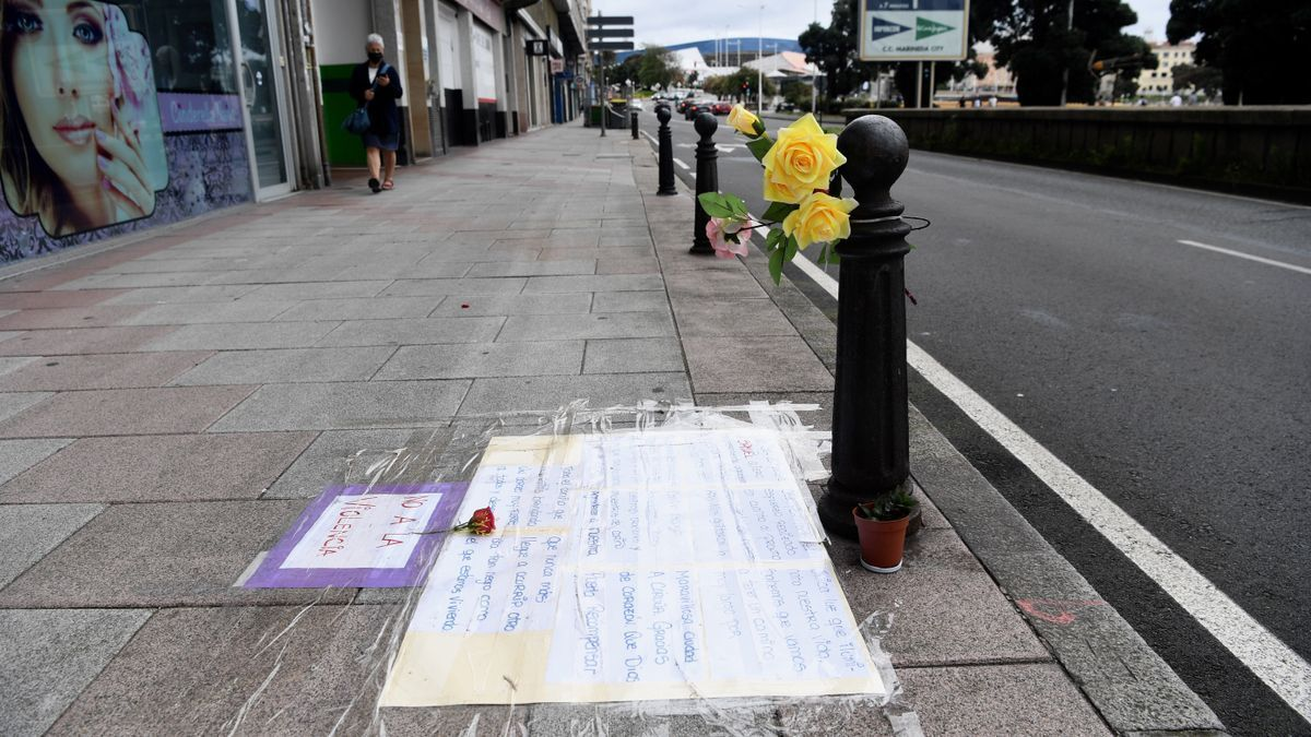 Tribute in A Coruña to Samuel Luiz in the place where he received a fatal beating.