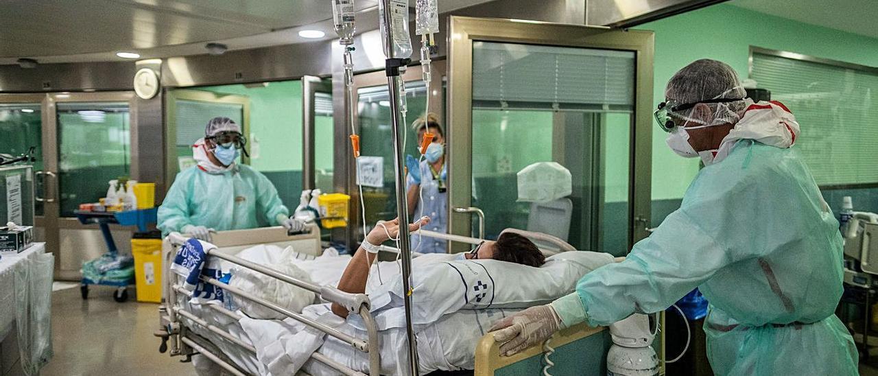 La sanidad ha sido una prioridad en la primera tanda de los fondos europeos. En la imagen, un hospital de Tenerife. | | A. GUTIÉRREZ