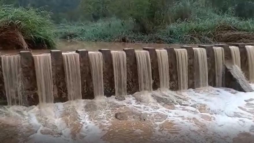 La incidència de la pedregada al Berguedà deixa fins a 62 mil·límetres d'aigua acumulada