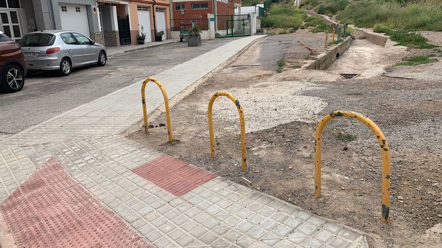 La Vall dignificará en verano el acceso al colegio Rosario Pérez