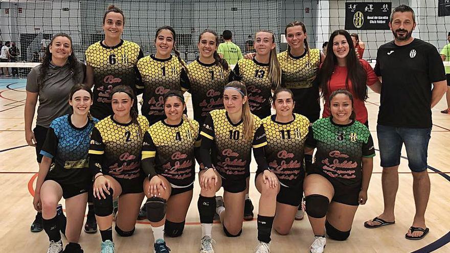 El senior femenino de voleibol del  Real CF jugará en primera autonómica