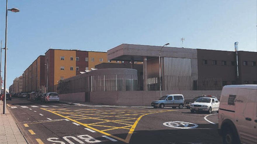 Santa Cruz de Tenerife ofrece en invierno más camas para personas sin hogar