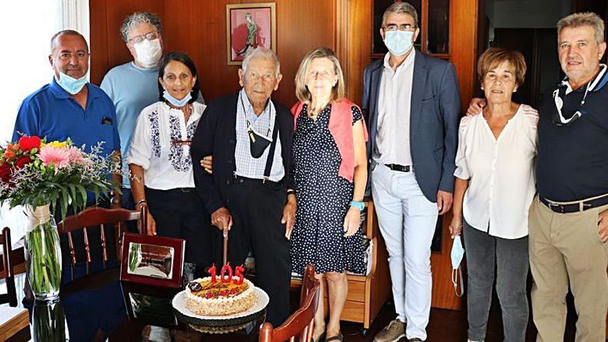 El guardés Francisco Carrera cumple 105 años