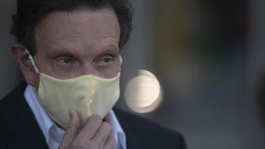 Decretan prisión domiciliaria para el alcalde de Río de Janeiro