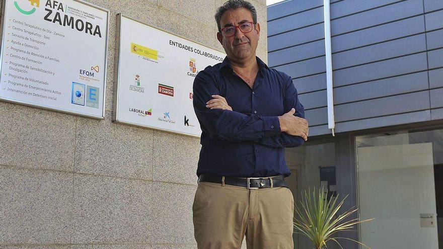 """Antonio García: """"Los enfermos de alzhéimer son conscientes de que su vida ha cambiado"""""""