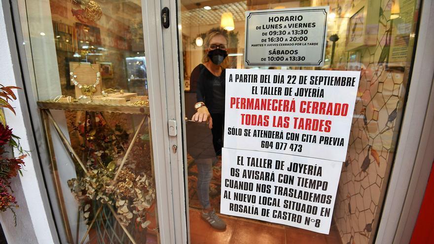 Los comerciantes apuran su traslado por el plan de derribo que afecta a parte de las Galerías Oliva