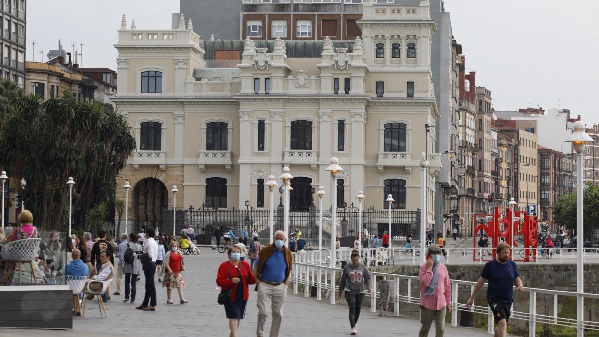 Asturias solicita el paso a la fase 3 de la desescalada a pesar de las dudas por el rebrote en geriátricos