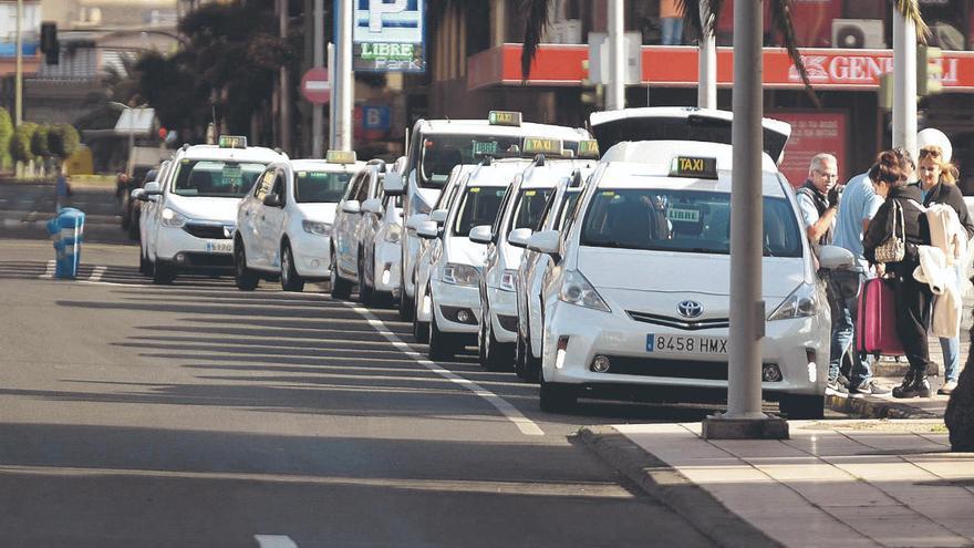 Los taxistas llegan a un acuerdo para aumentar el servicio del 50% al 66%