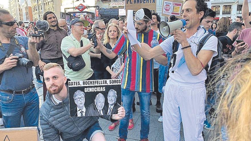 Suspenden seis años al médico negacionista de Formentera