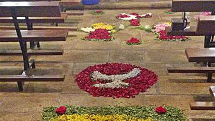 Saídres confecciona alfombras florales para festejar el Corpus