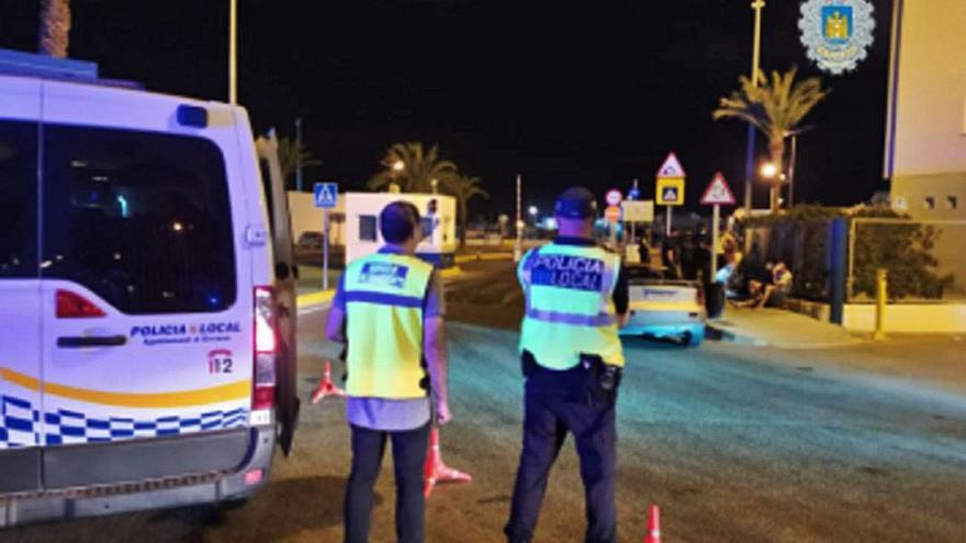 Denunciado un bar en Ibiza por atender a 17 personas en su interior