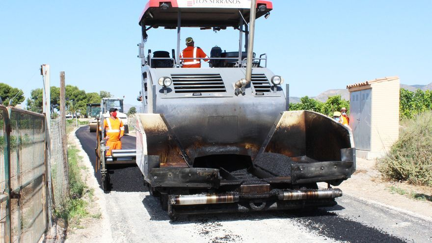 Plan de asfaltado en quince caminos rurales de Novelda